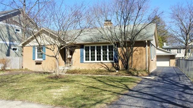 424 Carter Street, Libertyville, IL 60048 (MLS #09923938) :: Helen Oliveri Real Estate