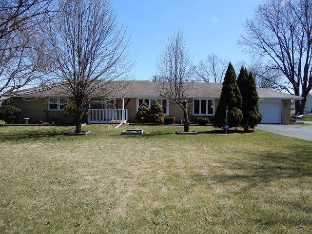 1596 Belvidere Road, Belvidere, IL 61008 (MLS #09923941) :: Lewke Partners