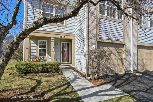 17140 W Cunningham Court 5B, Libertyville, IL 60048 (MLS #09923979) :: Helen Oliveri Real Estate