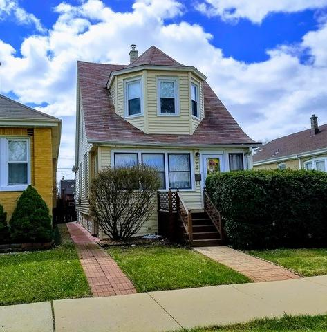 3743 W 64th Place, Chicago, IL 60629 (MLS #09924041) :: Lewke Partners