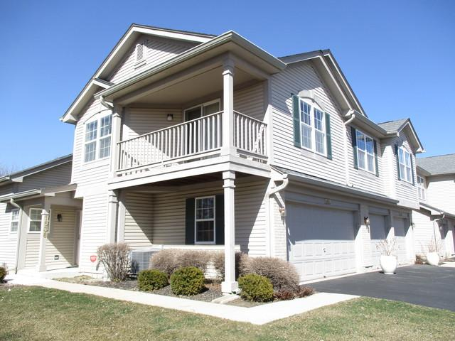 1546 Auburn Lane #1546, Gurnee, IL 60031 (MLS #09924088) :: Lewke Partners