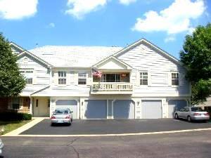1267 Bradwell Lane A, Mundelein, IL 60060 (MLS #09924110) :: Helen Oliveri Real Estate