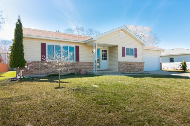 3918 N Galena Avenue, Arlington Heights, IL 60004 (MLS #09924116) :: Helen Oliveri Real Estate