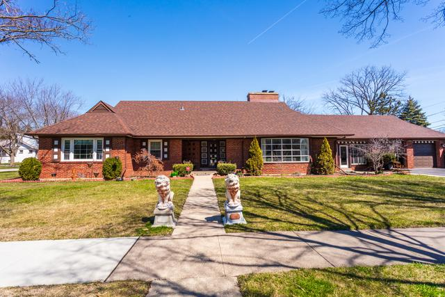 1088 Oakwood Avenue, Des Plaines, IL 60016 (MLS #09924172) :: Helen Oliveri Real Estate