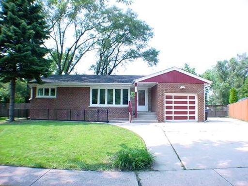 2864 Alden Lane, Des Plaines, IL 60018 (MLS #09924243) :: Helen Oliveri Real Estate