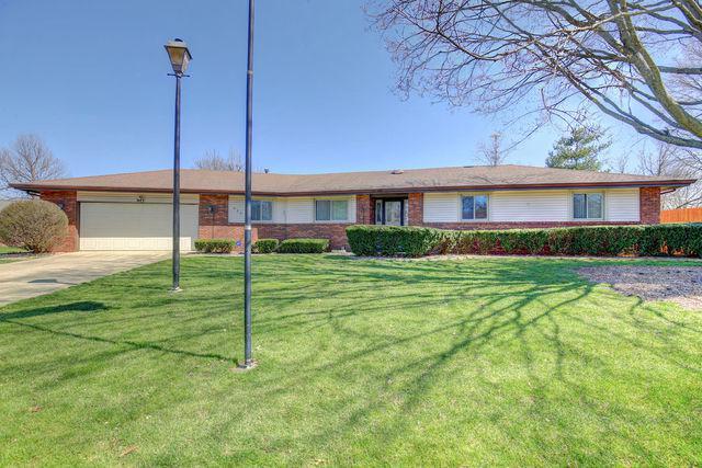 304 Carrie Avenue, Urbana, IL 61802 (MLS #09924303) :: Littlefield Group