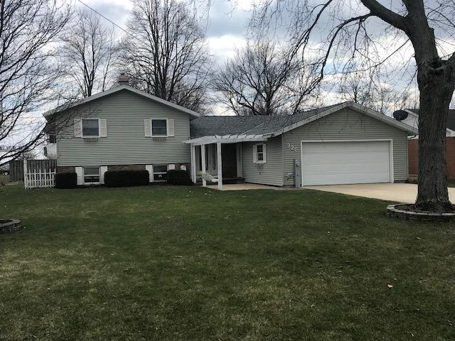 326 E Park Street, Gilman, IL 60938 (MLS #09924545) :: Littlefield Group