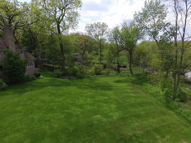 27W770 Brookside Drive, Winfield, IL 60190 (MLS #09924602) :: Ani Real Estate