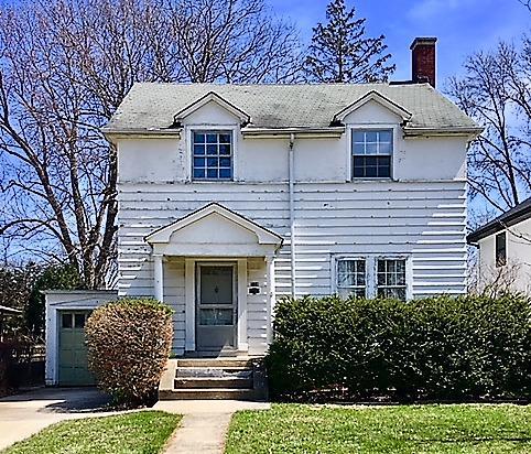 329 Leitch Avenue, La Grange, IL 60525 (MLS #09924641) :: Ani Real Estate