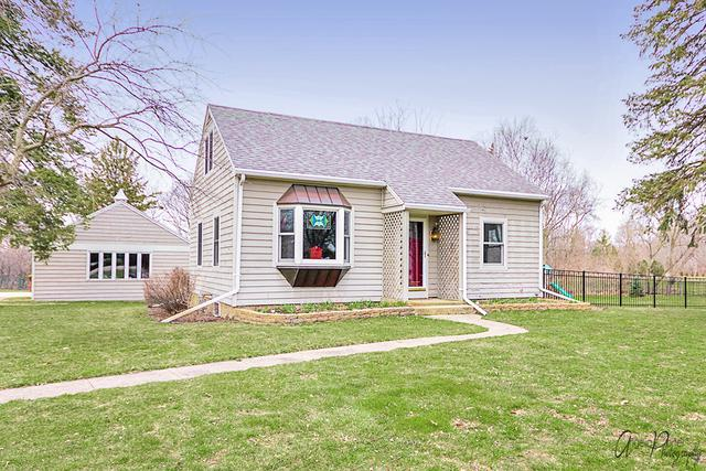 11808 Country Club Road, Woodstock, IL 60098 (MLS #09924664) :: Ani Real Estate
