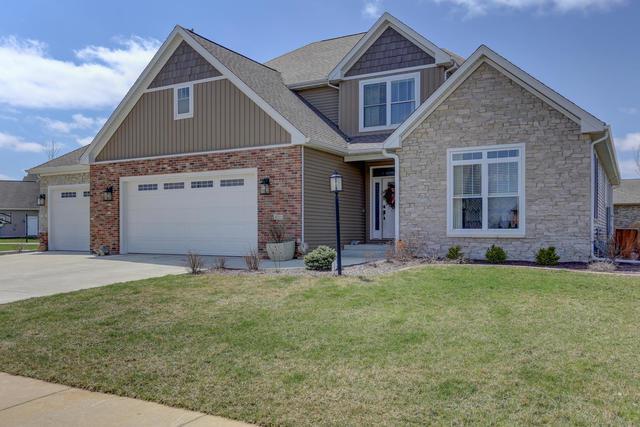 4711 Chestnut Grove Drive, Champaign, IL 61822 (MLS #09924955) :: Littlefield Group