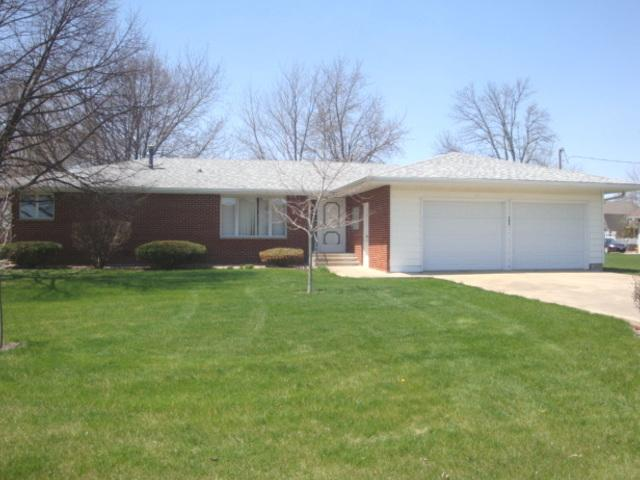 502 N First Street, Cissna Park, IL 60924 (MLS #09925348) :: Ryan Dallas Real Estate