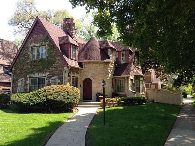11631 S Bell Avenue, Chicago, IL 60643 (MLS #09925357) :: Lewke Partners