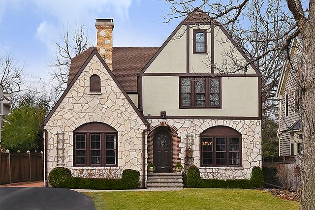 529 Hawthorn Lane, Winnetka, IL 60093 (MLS #09925861) :: Lewke Partners