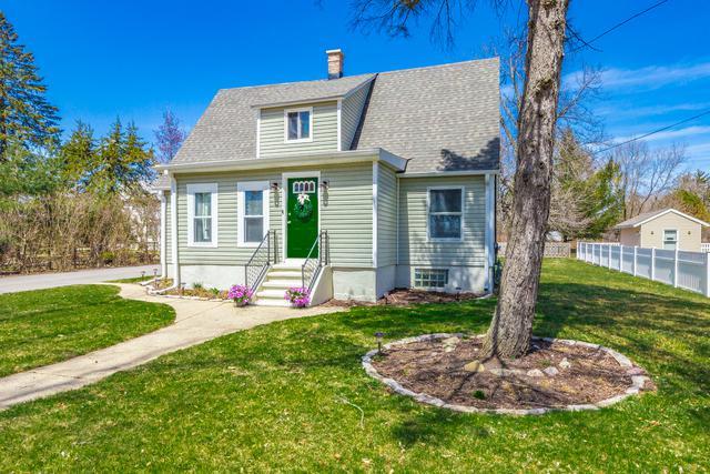 13460 W Elm Road, Lake Bluff, IL 60044 (MLS #09925952) :: Lewke Partners