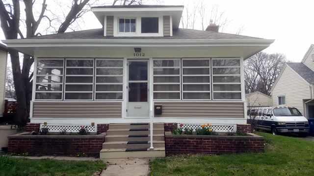 1012 W William Street, Champaign, IL 61821 (MLS #09926043) :: Littlefield Group