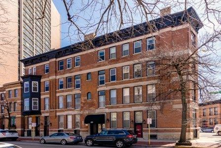 223 W Wisconsin Street 3A, Chicago, IL 60614 (MLS #09926831) :: The Perotti Group
