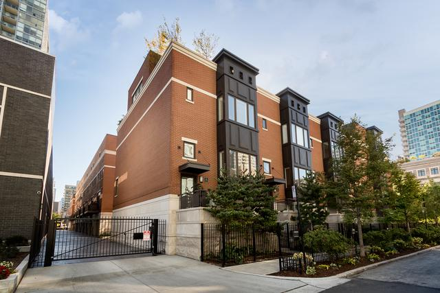 743 N Kingsbury Street, Chicago, IL 60654 (MLS #09926940) :: The Perotti Group