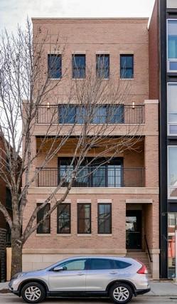 1923 N Damen Avenue #3, Chicago, IL 60647 (MLS #09926942) :: The Perotti Group