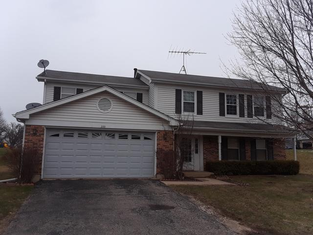 300 Country Lane, Algonquin, IL 60102 (MLS #09926980) :: Lewke Partners