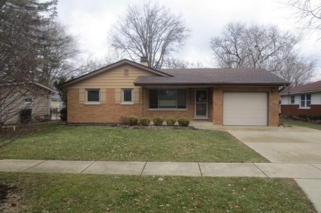 900 Ford Avenue, Elgin, IL 60120 (MLS #09927436) :: Lewke Partners