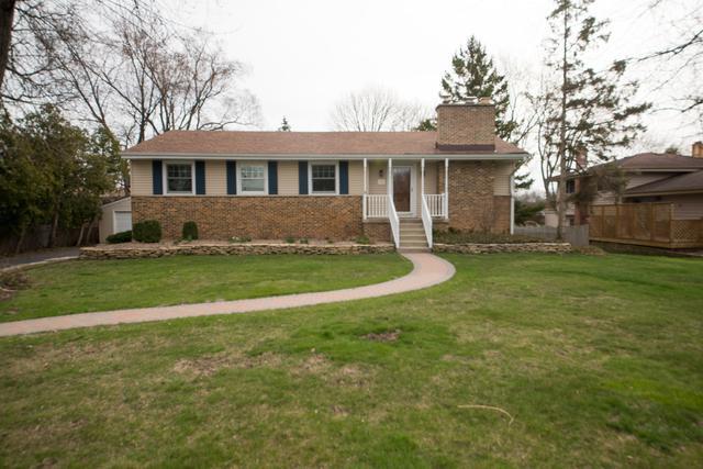 1555 N Purnell Street, Wheaton, IL 60187 (MLS #09927557) :: Lewke Partners