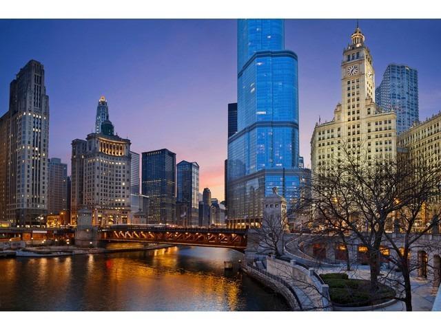 401 N Wabash Avenue 52E, Chicago, IL 60611 (MLS #09927569) :: The Dena Furlow Team - Keller Williams Realty