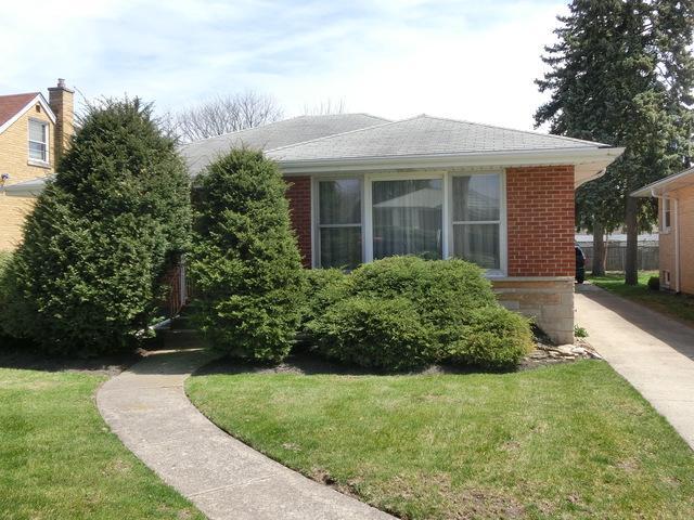 1639 Downing Avenue, Westchester, IL 60154 (MLS #09927770) :: Lewke Partners