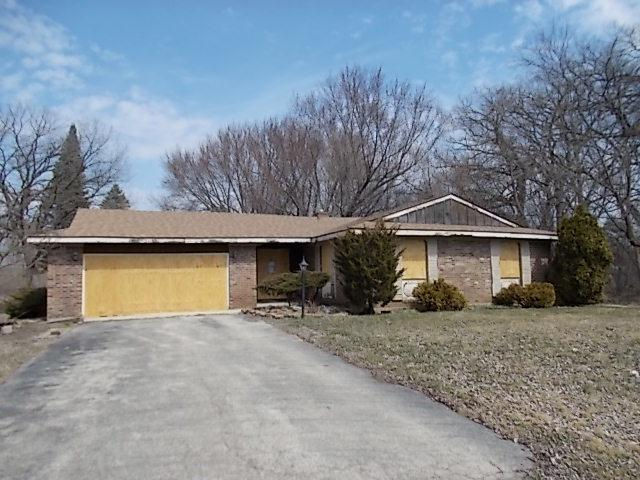 112 Croyden Street, Spring Grove, IL 60081 (MLS #09928392) :: Lewke Partners