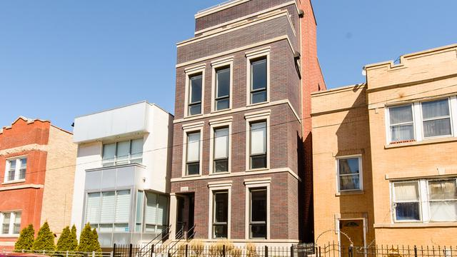 2032 W Superior Street #3, Chicago, IL 60612 (MLS #09928678) :: Lewke Partners