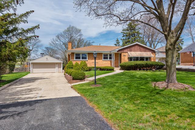 17W516 Nimitz Road, Oakbrook Terrace, IL 60181 (MLS #09934664) :: Ani Real Estate