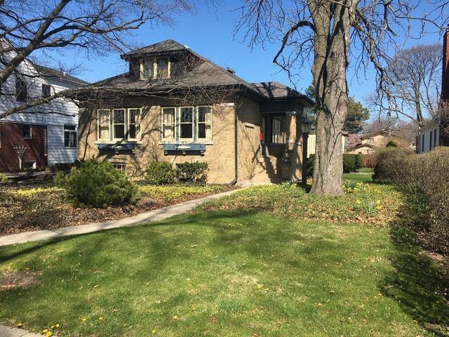 399 S Prairie Avenue, Elmhurst, IL 60126 (MLS #09935508) :: Lewke Partners