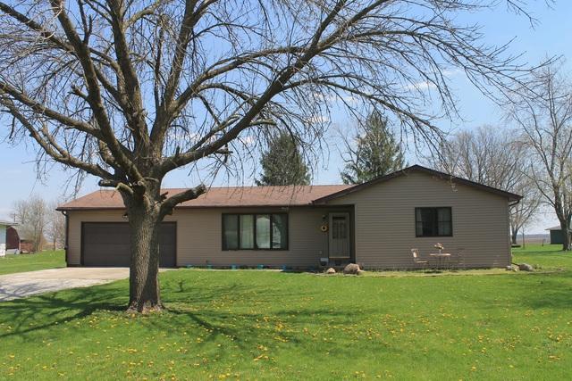 304 Broadway Street, Fisher, IL 61843 (MLS #09935524) :: Ryan Dallas Real Estate