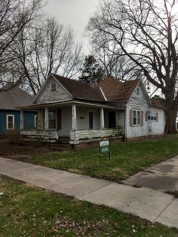 302 S Richman Street S, VILLA GROVE, IL 61956 (MLS #09935903) :: Ryan Dallas Real Estate