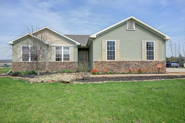 3078 County Road 700 E Road, Fisher, IL 61843 (MLS #09939609) :: Ryan Dallas Real Estate