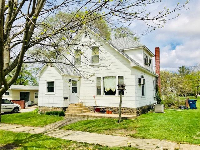 402 W Chestnut Street, Hoopeston, IL 60942 (MLS #09940246) :: Ani Real Estate