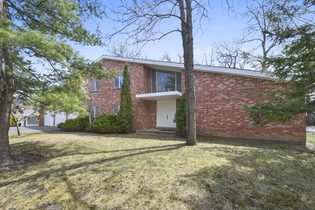 1010 W Plaister Avenue, Lake Bluff, IL 60044 (MLS #09940357) :: The Jacobs Group