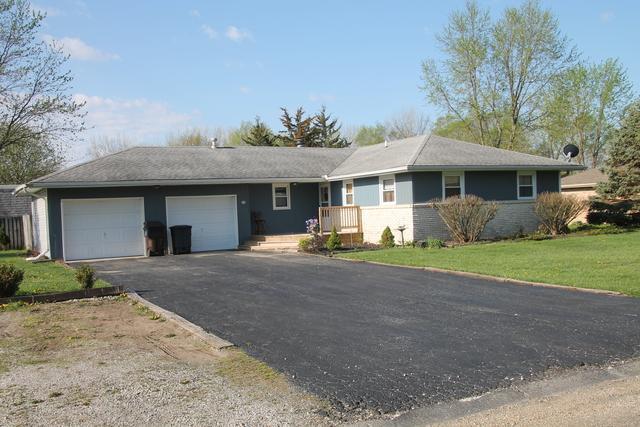 59 Glenbrook Lane, Fisher, IL 61843 (MLS #09941369) :: Littlefield Group