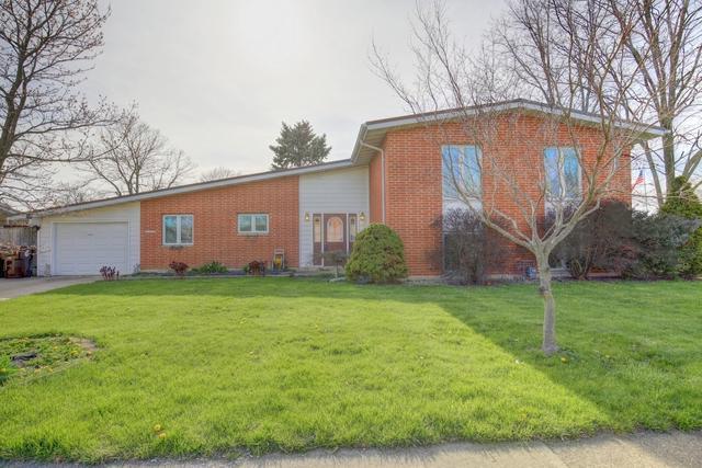 1510 Banyon Drive, Rantoul, IL 61866 (MLS #09943629) :: Ryan Dallas Real Estate