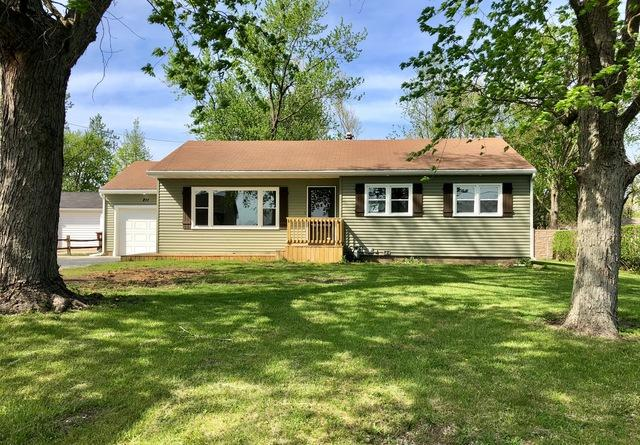 211 E Cloke Street, Ashkum, IL 60911 (MLS #09946447) :: The Dena Furlow Team - Keller Williams Realty