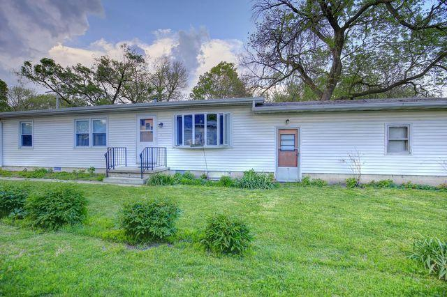 206 S 1st Street, Fisher, IL 61843 (MLS #09947262) :: Ryan Dallas Real Estate