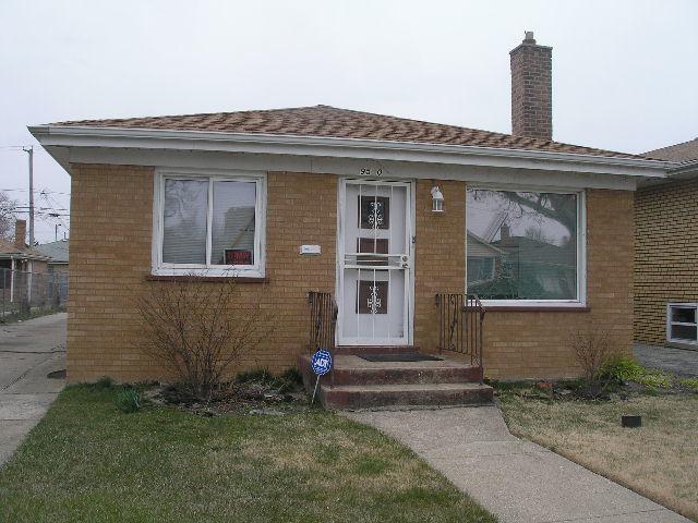 9550 S Indiana Avenue, Chicago, IL 60628 (MLS #09951472) :: HomesForSale123.com