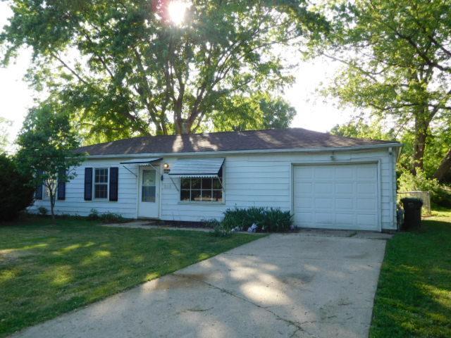 1107 N Highlands Drive, Urbana, IL 61801 (MLS #09953683) :: Ryan Dallas Real Estate
