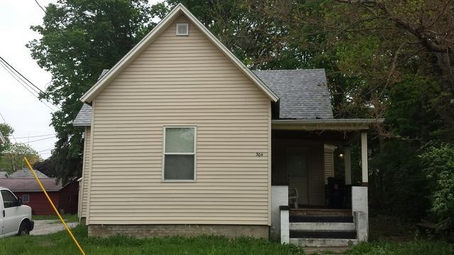 304 N Lincoln Avenue, Urbana, IL 61801 (MLS #09954866) :: Ryan Dallas Real Estate