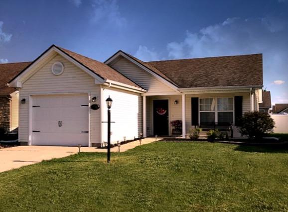 613 Lauterbur Lane, Champaign, IL 61822 (MLS #09954916) :: Ryan Dallas Real Estate