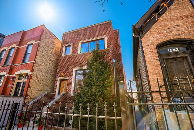 1540 N Maplewood Avenue, Chicago, IL 60622 (MLS #09955134) :: Property Consultants Realty