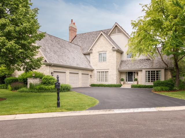 107 Lakeside Court, North Barrington, IL 60010 (MLS #09956121) :: The Jacobs Group
