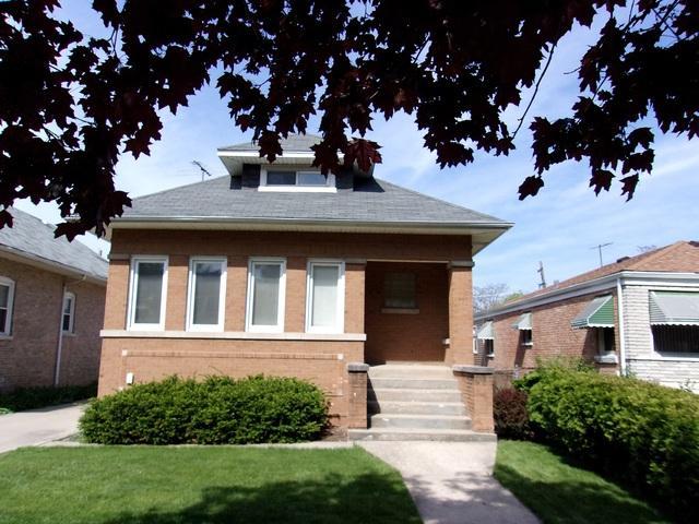 130 S 16th Avenue, Maywood, IL 60153 (MLS #09956882) :: Ryan Dallas Real Estate