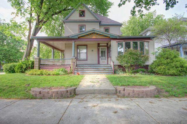 816 W Hill Street, Champaign, IL 61820 (MLS #09957115) :: Helen Oliveri Real Estate