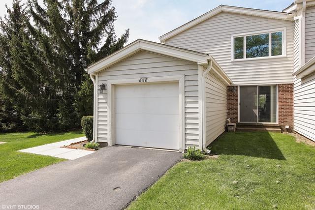 658 Claridge Circle, Hoffman Estates, IL 60169 (MLS #09957129) :: Helen Oliveri Real Estate